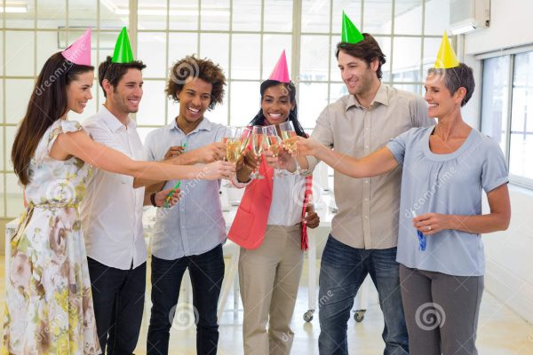 coworkers-celebrate-success-champagne-party-office-40687701