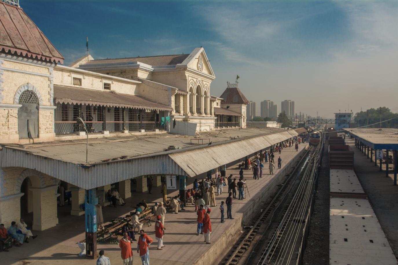 Karachi Railway Cantonement Station1