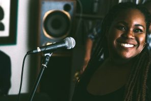 Stamp TV: Zara Mcfarlane – Peace Begins Within (Brownwood Basement Session)