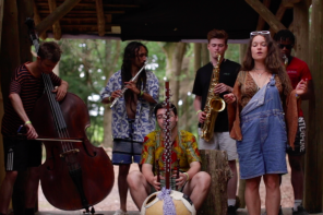 Plumm – Impromptu Family Brunch (Brainchild Woods Session)